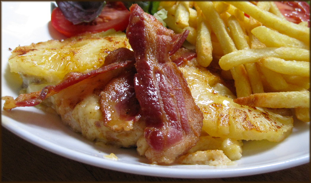 Baked Chicken with Cheese Bacon and Pineapple and chips