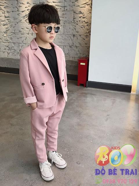 Bộ vest hồng cho bé trai siêu cưng