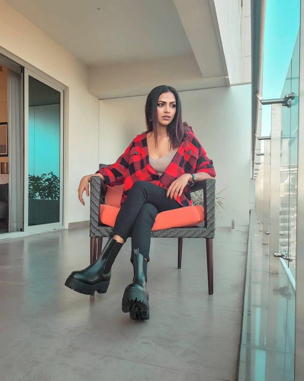 Actress Amala Paul Latest Photos & Stills