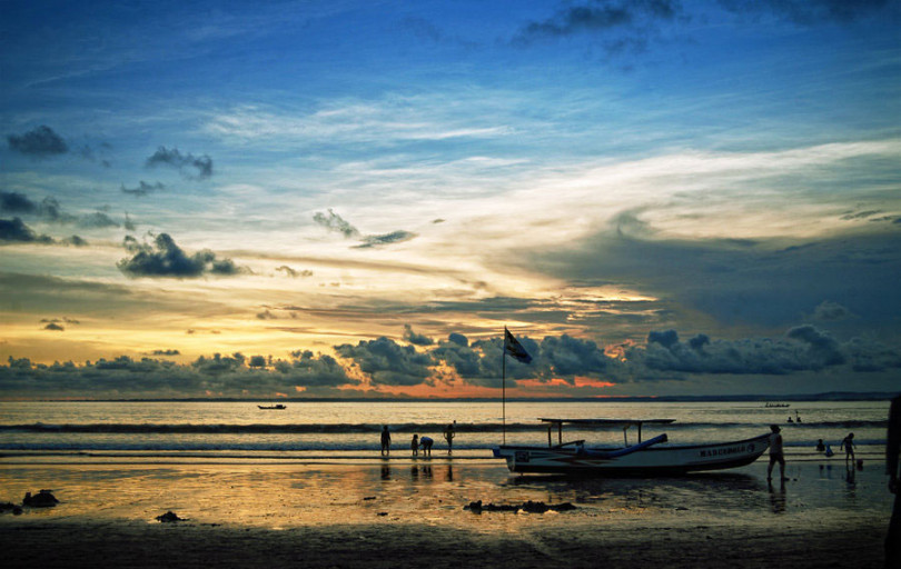 Wisata Pantai Pangandaran Ciamis, Pantai Indah dan Menawan