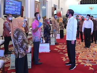 Presiden Jokowi Luncurkan Bantuan Tunai Tahun 2021 se-Indonesia