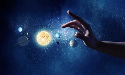 La creazione è stata la forza della natura che agisce sulle particelle nel tempo.
