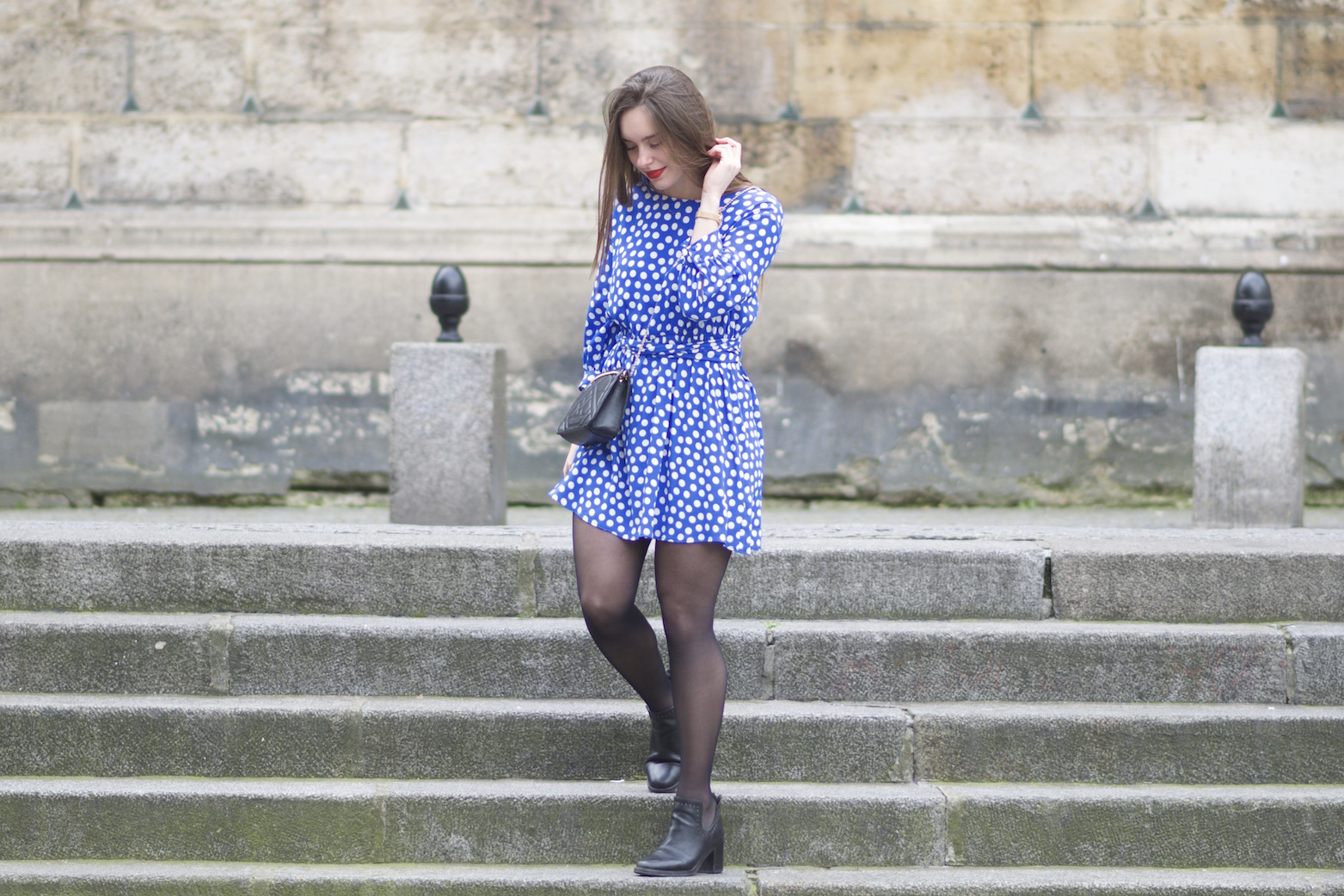 robe bleue à pois Zara8