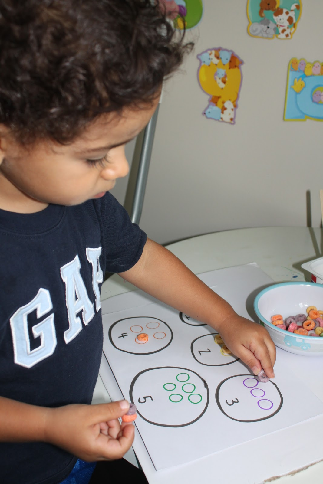 Teaching The Tots Math Fruit Loops Counting