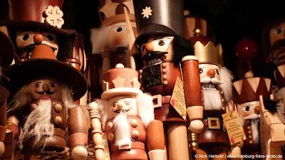 Nussknacker Weihnachtsmarkt Hamburg Rathaus Rathausmarkt