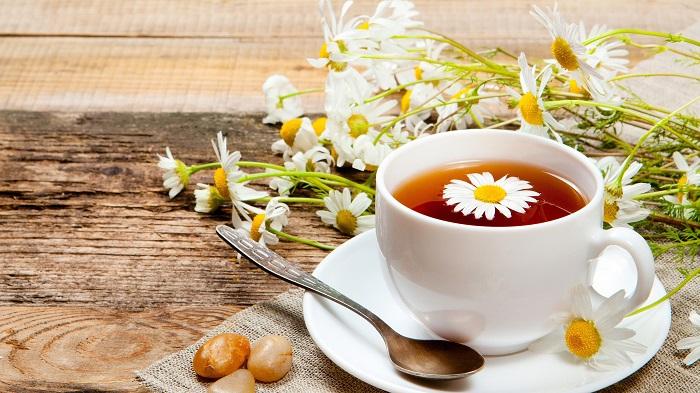 5 benefícios do chá de camomila para sua saúde