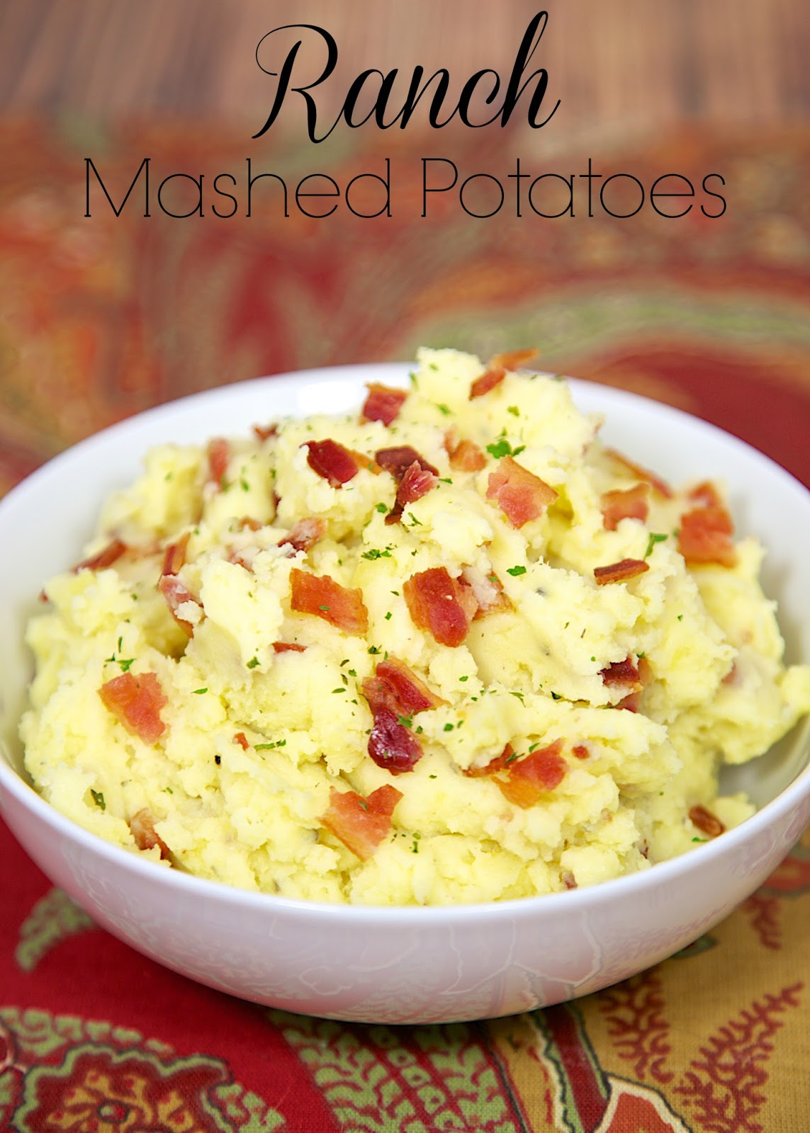 Ranch Mashed Potatoes - yukon gold potatoes, butter, Ranch dressing and bacon. Super quick side dish that packs tons of flavor!