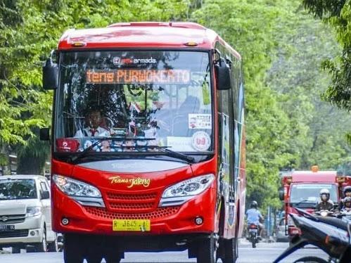 Menumbuhkan Konektivitas Antar Daerah dan Peningkatan Sektor Ekonomi Kreatif Indonesia Melalui Pembangunan Infrastruktur Transportasi