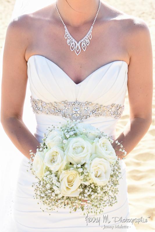 bouquet de la mariée roses blanches