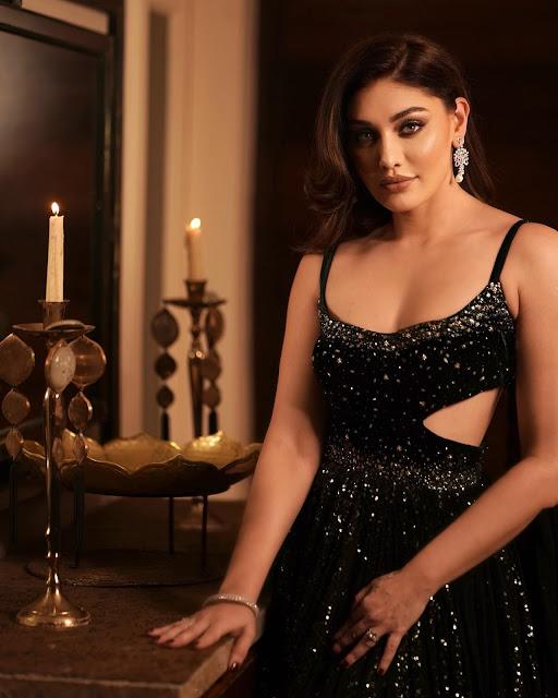 Shefali Jariwala Latest Photos At Wedding Party Actress Trend