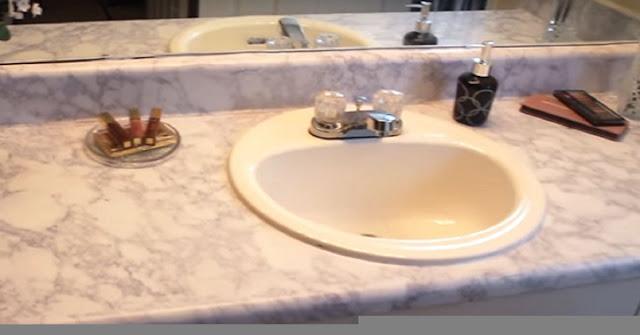 Ceramic tile bathroom countertop