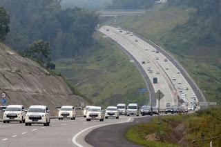 4 Misteri Jalan Tol di Indonesia yang Paling Angker dan Menyeramkan