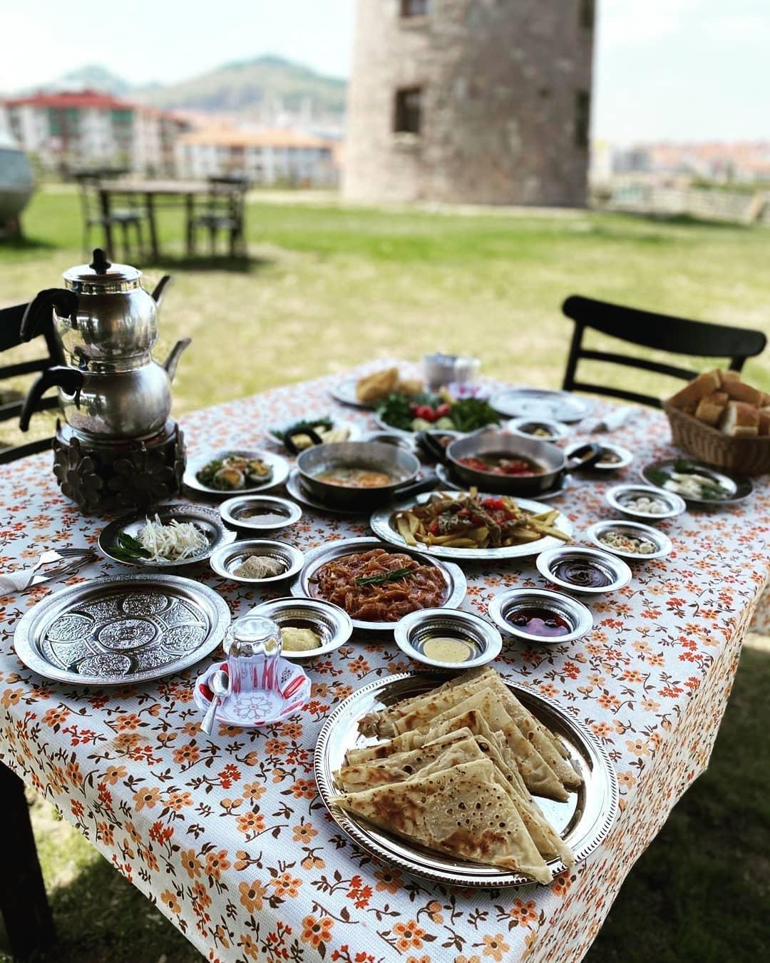 Altınköy Seyir Terası Konağı Yel Değirmeni Altınköy Kahvaltı