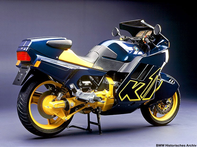 BMW K1 Pictures Gallery