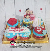 Cupcake Ulang Tahun Untuk Ayah dan Ibu
