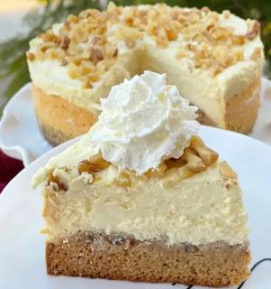 Keto Banana Bread Cheesecake