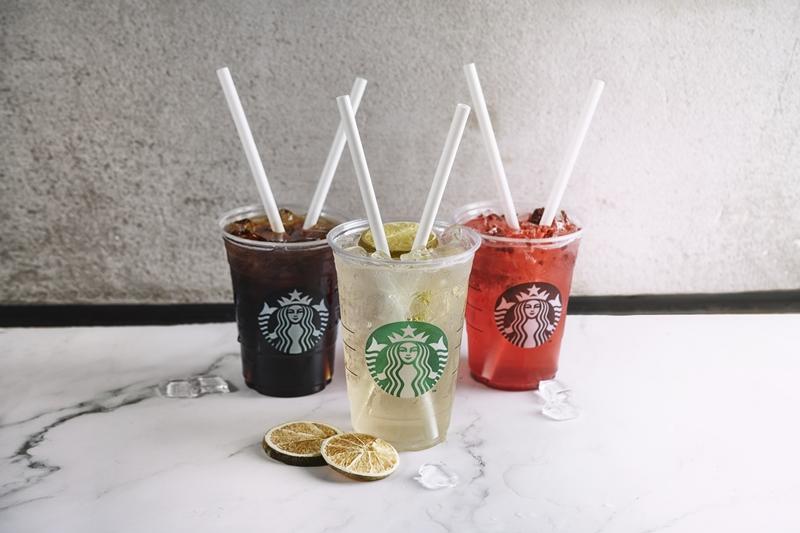 Starbucks'da artık sadece kâğıt pipet var!