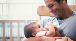 Salário Maternidade de 6 messes Descubra quem tem direito. para pais adotivos.