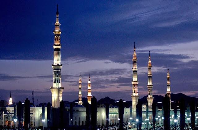 http://1.bp.blogspot.com/-WLAD-EUhcCc/VSkRXDO5YHI/AAAAAAAABAU/VfOsa7p_hyo/s1600/masjid%2Ban-nabawi.jpg