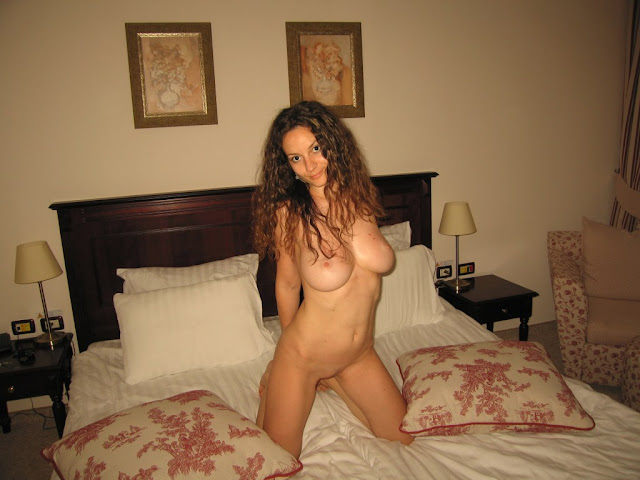 Amateur Latina With Big Boobs Posing Naked
