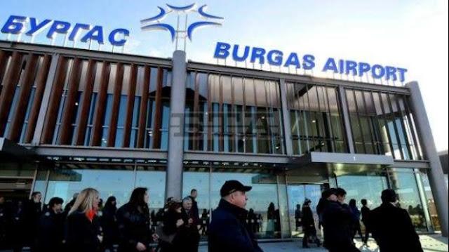 Куриоз в небето: Щъркели повредиха самолет излитащ от Бургас (СНИМКА)
