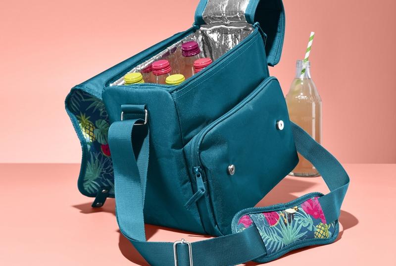 Yolda, piknikte soğuk tutan çanta kolaylığı!