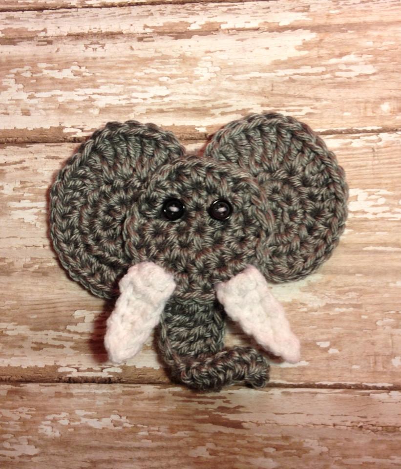 crochet elephant applique free crochet pattern ⋆ Passionatecrafter | 960x821