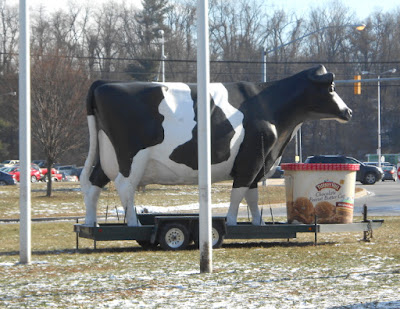 Turkey Hill Cow at the Pennsylvania Farm Show