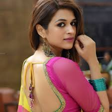 Shraddha Das Biography Age Height, Profile, Family, Husband, Son, Daughter, Father, Mother, Children, Biodata, Marriage Photos.