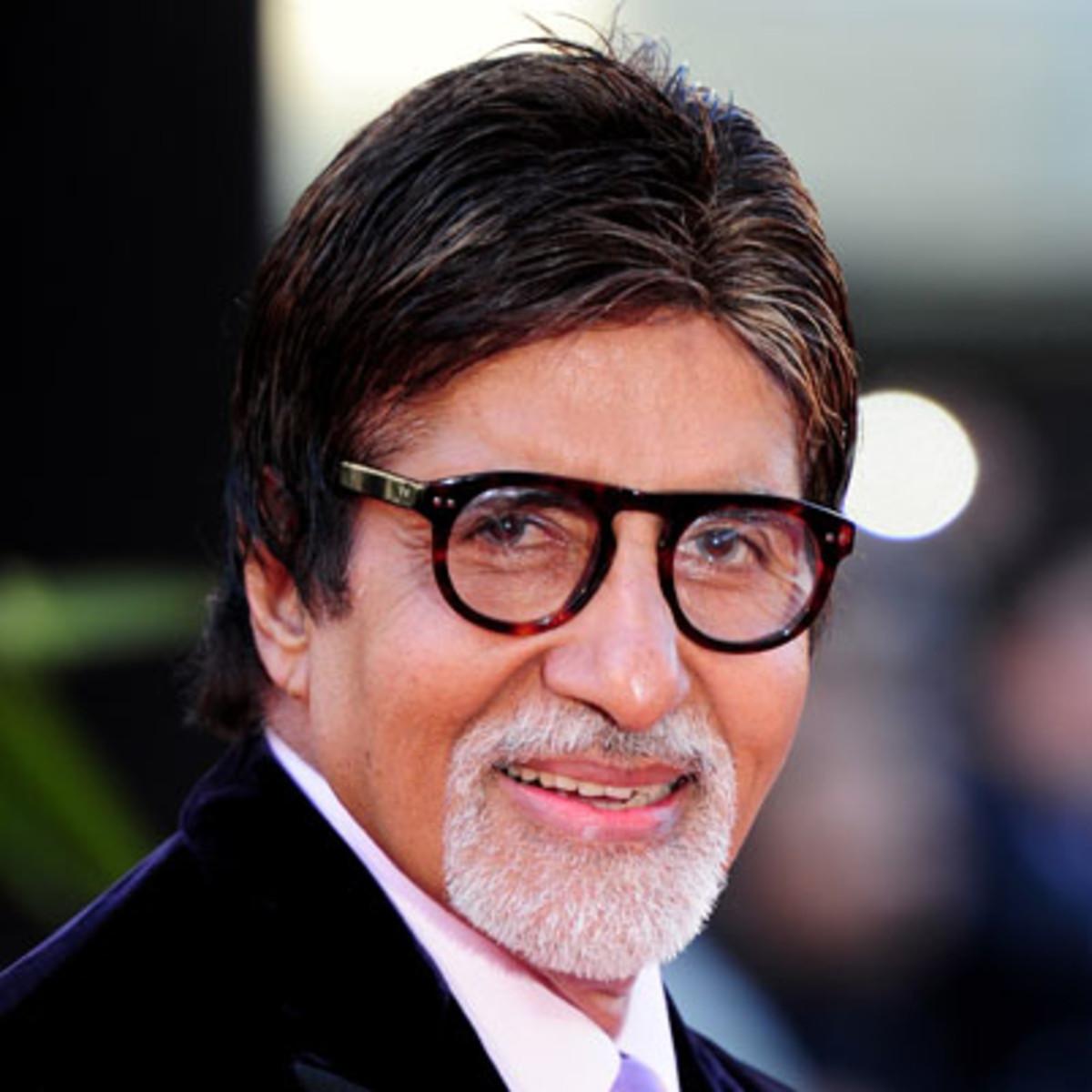 वैजयंती मूवीज ने खुलासा किया कि अविश्वसनीय बॉलीवुड मनोरंजन अमिताभ बच्चन प्रभास-दीपिका पादुकोण की फिल्म की स्टार कास्ट में शामिल होंगे।