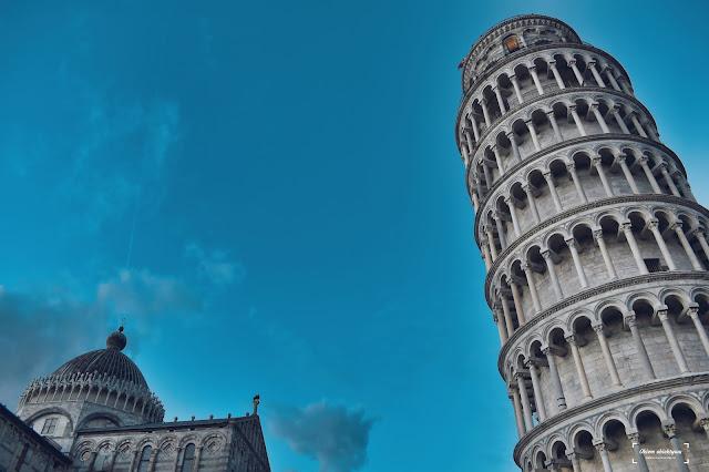 Kto zaprojektował Krzywą Wieżę w Pizie