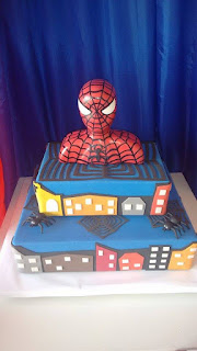 Bolo falso de aniversário Homem aranha