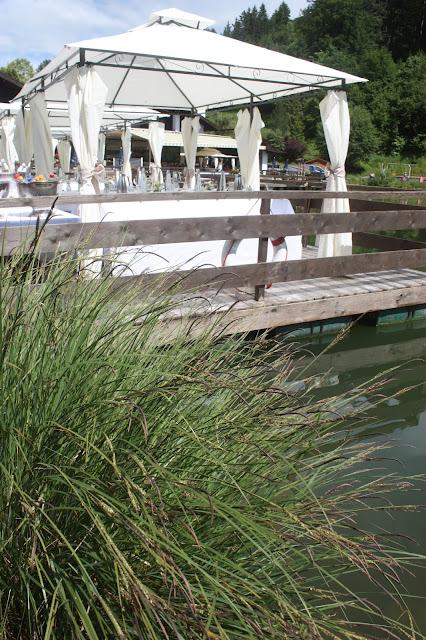 Hochzeitswochenende im Riessersee Hotel Garmisch - Flossfahrt zum Hochzeitsempfang - #Hochzeit #Garmisch #Bayern #See #Berge #Natur #wedding location #wedding venue #abroad #Bavaria #Riessersee