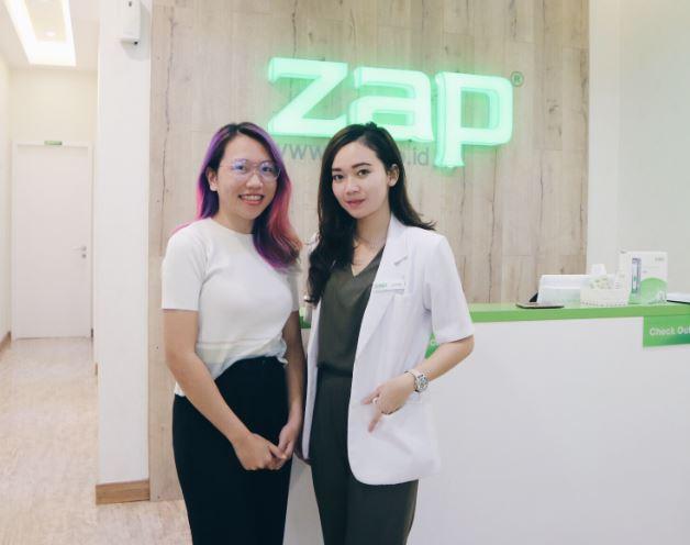 Foto Dokter Cantik Harga Paket Perawatan ZAP Clinic Menghilangkan Stretch Mark dan Bekas Jerawat