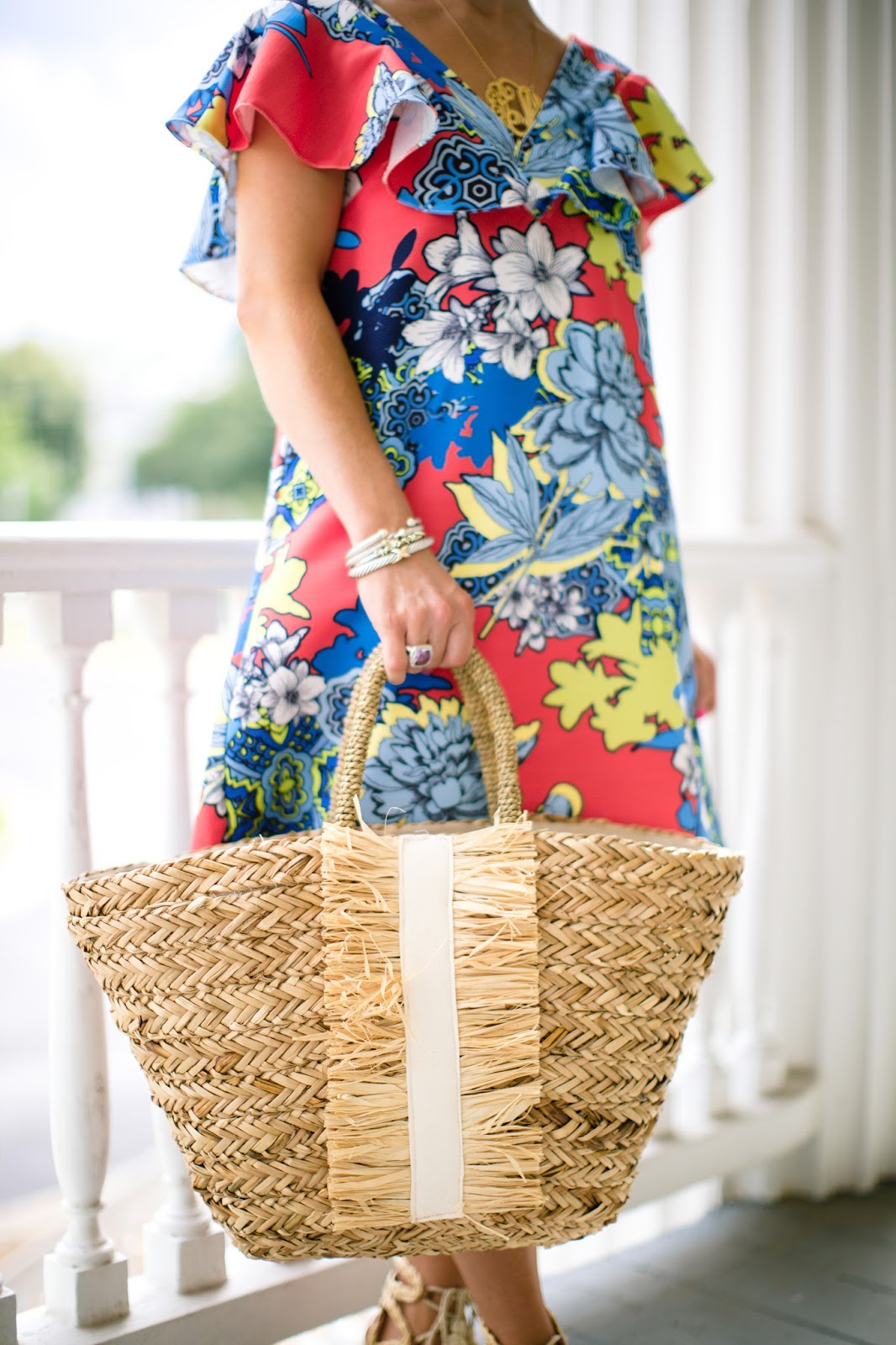 Straw Tote - Click through to see more on Something Delightful Blog!