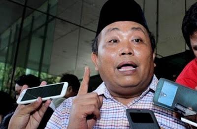 Waketum Gerindra: Isu PKI Cuma Hoax yang Disebar Para Kadrun. Jadi MUI Itu Kadrun ????