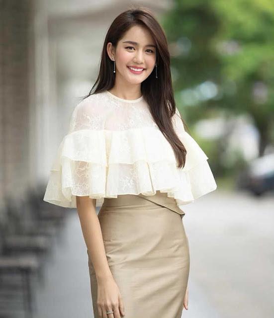 """""""Nàng thơ"""" Thái Lan cao 1,76 m, nổi tiếng đa tài"""