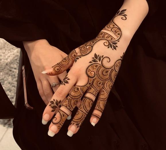 Traditional mehndi Design Back Hand