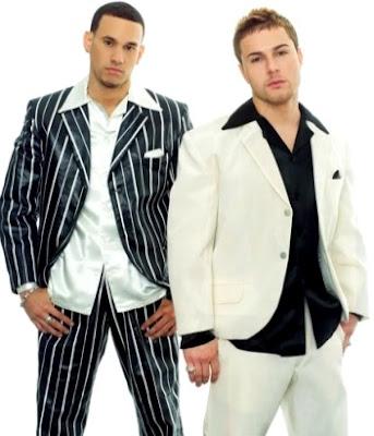 Foto de Magnate y Valentino posando