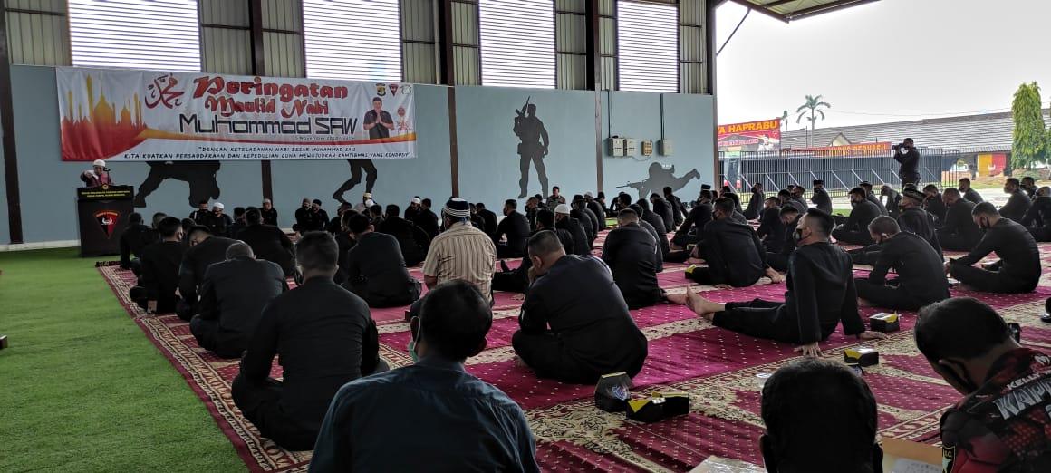 Brimob Lampung Peringati Maulid Nabi Muhammad SAW 1442 H