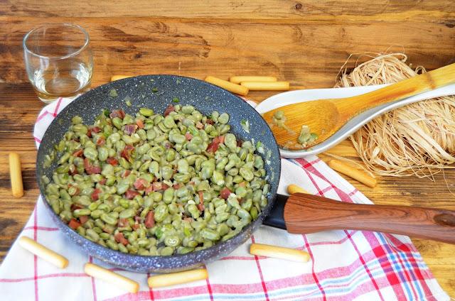 habas con jamón (receta tradicional), habas con jamón receta, habas en cazuela, habas guisadas, habas recetas, recetas de habas, recetas tradicionales, recetas tradicionales españolas, las delicias de mayte,
