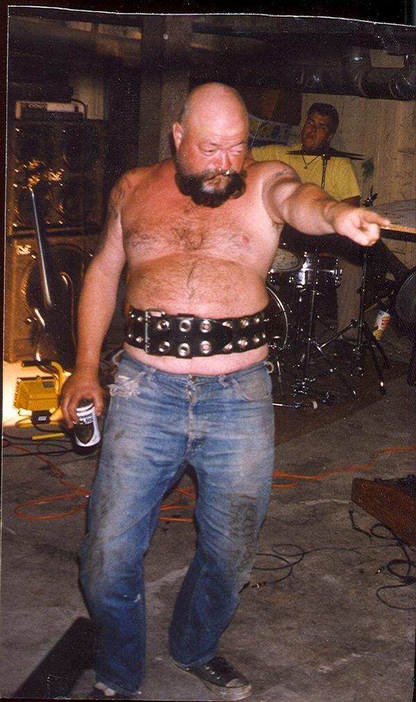 El Duce The Mentors drunk as usual. #PMRC PunkMetalRap.com