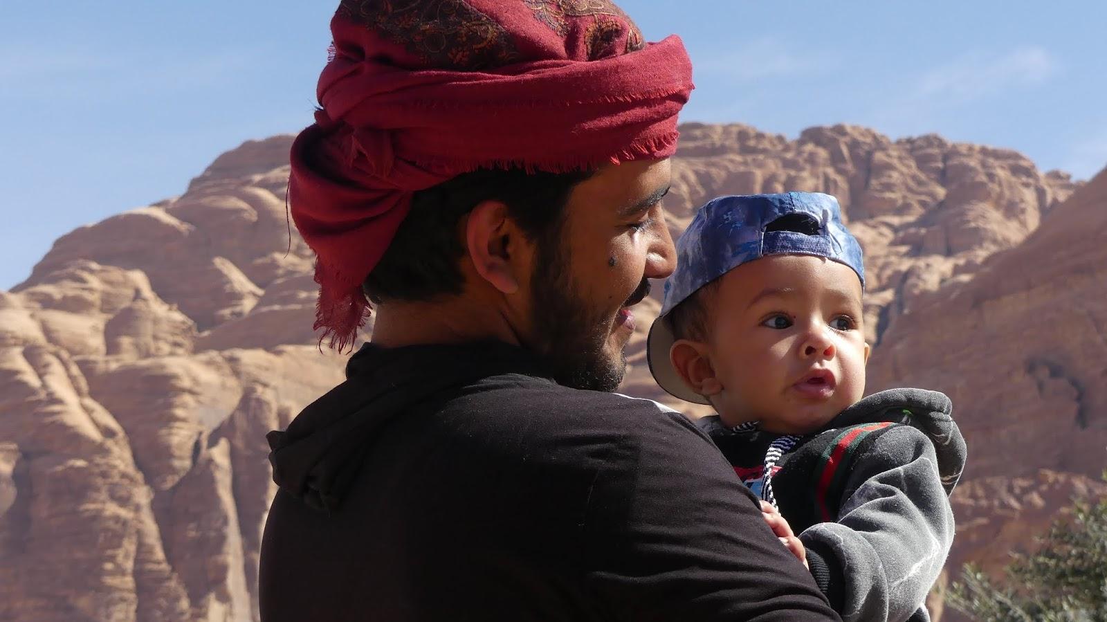 Wygląd Beduinów w Wadi Rum