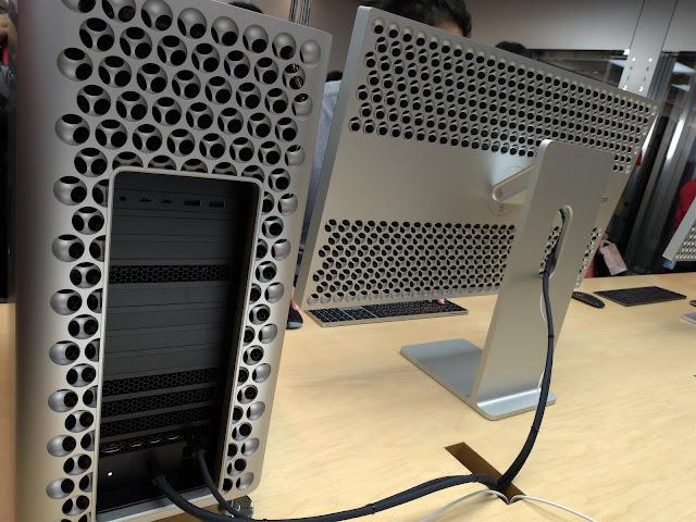 Mac Pro (2019) 背面のデザイン