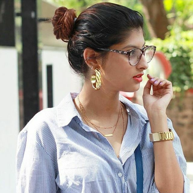 indian-instagram-girl-in-lining-shirt