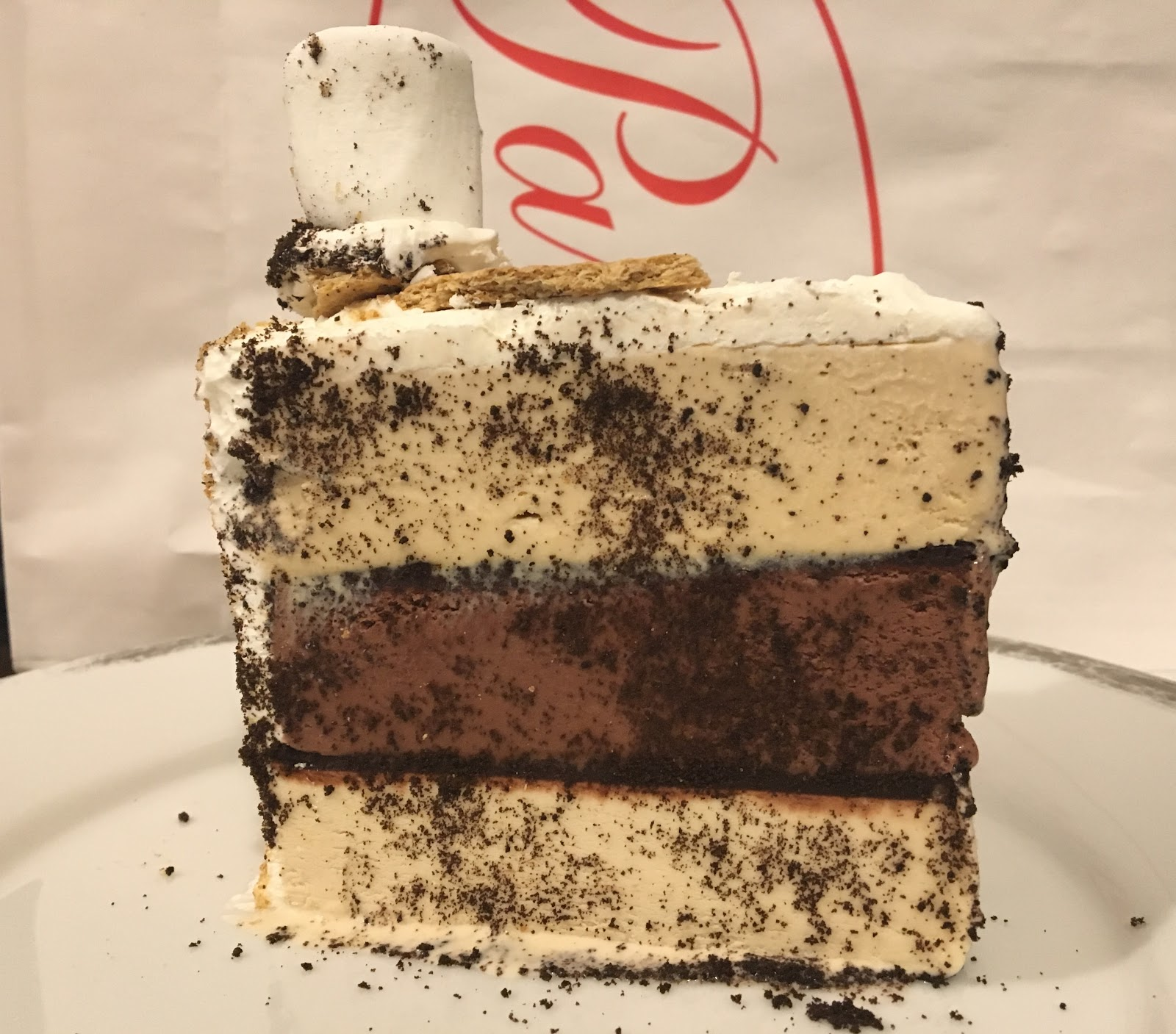 Most people are familiar with the original pistachio chocolate and strawberry cake always a classic but i prefer the insanity of the smore with layers