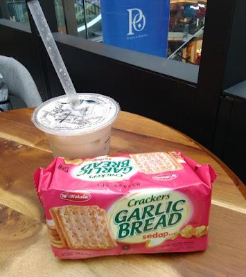 Biskuit Kokola Enak, Halal, dan Aman
