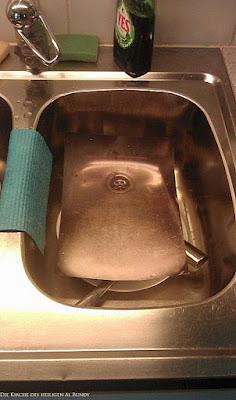Faulheit Geschirr abwaschen leicht gemacht lustig