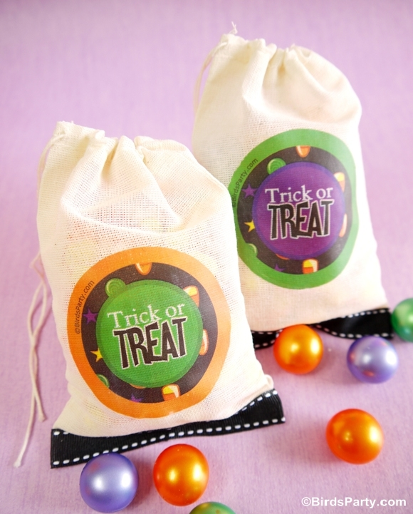 DIY Trick or Treat Halloween Favor Bags - BirdsParty.com