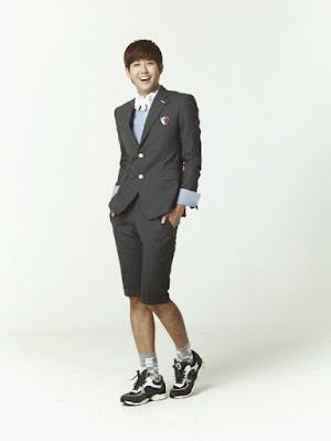Hwang Kwanghee sebagai Song Jong Min